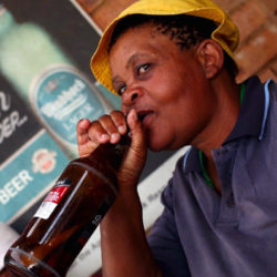 Az asztal alá iszik minket Panama, Kongó és Namíbia