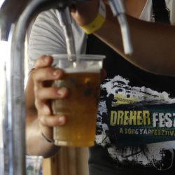 Félbarna, vörös, bodzás és amerikai komlós sörökkel jön a Dreher