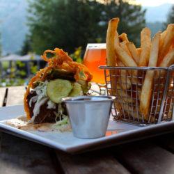 Sörözz profi pohárból a Beer, Burger, Barbecue Fesztiválon!