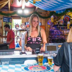 Tízből kilenc férfi szexinek találja, ha egy nő sört iszik