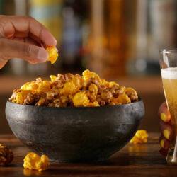 Mindenki tegye le, ami a kezében van: így lehet IPA-val elvarázsolni a popcornt!