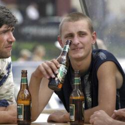 Meredeken esik az alkoholfogyasztás Oroszországban