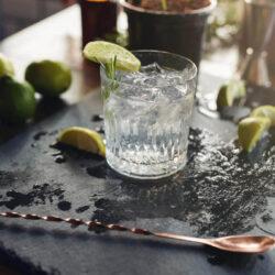 Folyamatosan drágul a gin és a whisky