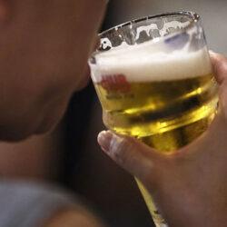 A korlátozásokkal itthon is felpöröghet az alkoholfogyasztás