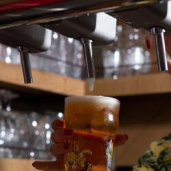 A csapolt söröknél a legerősebb a visszaesés