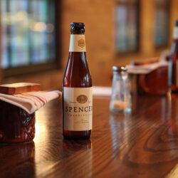Egy kupac trappista sör az USA-ból