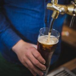 Nyitnak a cseh sörözők!